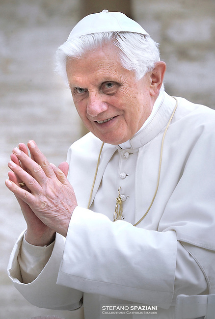 "Pope Benedict XVI wear his ""saturno"" hat before the weekly general audience on Setember 22, 2010 in St Peter's square at the Vatican"
