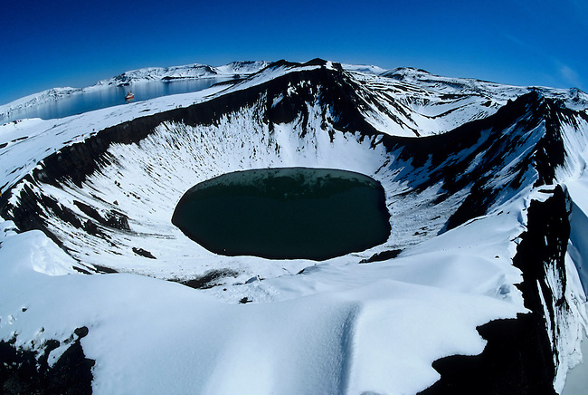 ANTARCTICA, DECEPTION ISLAND, CRATER