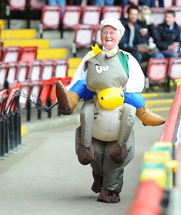 A Preston North End in fancy dress prior to kick-off<br /> <br /> Photo by Kevin Barnes/CameraSport<br /> <br /> Football - The Football League Sky Bet League One - Bristol City v Preston North End - Saturday 5th April 2014 - Ashton Gate - Bristol<br /> <br /> &copy; CameraSport - 43 Linden Ave. Countesthorpe. Leicester. England. LE8 5PG - Tel: +44 (0) 116 277 4147 - admin@camerasport.com - www.camerasport.com
