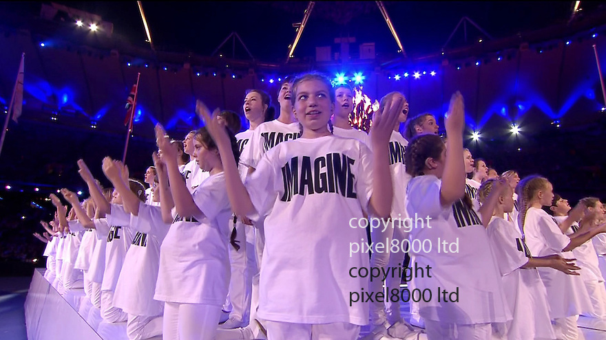 Olympics 2012 - BBC Coverage.Closing ceremony.Kids sing Imagine as giant John Lennon head is built......Picture by Pixel8000 07917221968