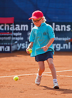 04-09-13,Netherlands, Alphen aan den Rijn,  TEAN, Tennis, Tean International Tennis Tournament 2013, Tean International ,   Ballkid,Ballboy<br /> Photo: Henk Koster