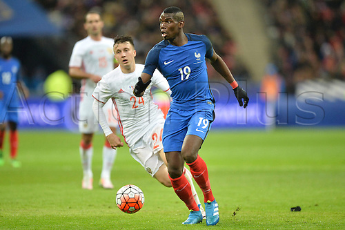 29.03.2016. Stade de France, Paris, France. International football friendly. France versus Russia.  PAUL POGBA gets away from Aleksandr Golovin