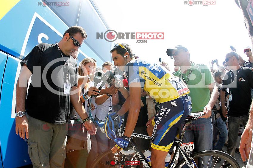 Alberto Contador attends the journalist before the stage of La Vuelta 2012 between Huesca and Motorland Aragon (Alcaniz).August 24,2012. (ALTERPHOTOS/Acero) /NortePhoto.com<br /> <br /> **CREDITO*OBLIGATORIO** *No*Venta*A*Terceros*<br /> *No*Sale*So*third* ***No*Se*Permite*Hacer Archivo***No*Sale*So*third*