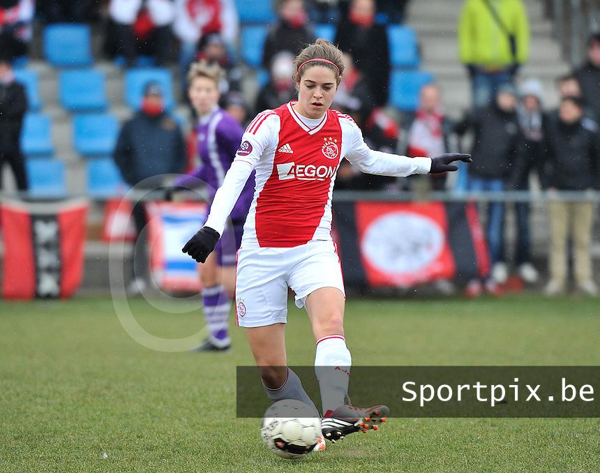 Beerschot Dames - AJAX Amsterdam Dames : Tessel Middag.foto JOKE VUYLSTEKE / Vrouwenteam.be