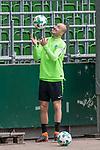 11.05.2018, Weserstadion, Bremen, GER, 1.FBL, Training SV Werder Bremen<br /> <br /> im Bild<br /> Luca Caldirola (Werder Bremen #03), <br /> <br /> Foto &copy; nordphoto / Ewert