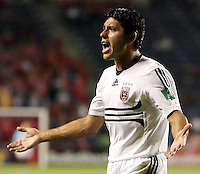 DC United midfielder Christian Gomez (10) pleads with the assistant referee for a call.  The Chicago Fire defeated the DC United 3-0 in the semifinals of the U.S. Open Cup at Toyota Park in Bridgeview, IL on September 6, 2006...