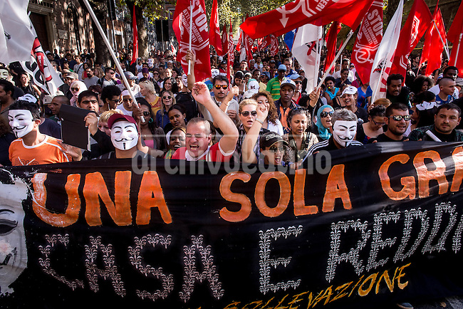 A big rally against unemployment and austerity policies sponsored by the European Union took the streets of Rome, Italy, during the entire weekend, with more than 50,000 protestors in the streets