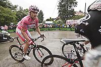 PESCARA 10/05/2013: CICLISMO. 7a TAPPA DEL GIRO D'ITALIA. PARTENZA DA MARINA DI SAN SALVO ARRIVO A PESCARA. IL PRIMO A TRANSITARE SUL TRAGUARDO è Adam Hansen (Lotto Belisol) CON UN TEMPO DI 4h35'49?. NELLA FOTO LUCA PAOLINI IN MAGLIA ROSA. FOTO DI ADAMO DI LORETO..10/05/2013 PESCARA: CYCLING. 7 STAGE OF ITALIAN TOUR. THE HISTORICAL PINK SHIRT RACE. STARTED FROM MARINA DI SAN SALVO FINISHED IN PESCARA CITY. THE WINNER WAS Adam Hansen (Lotto Belisol). IN PHOTO THE PINK SHIRT  LUCA PAOLINI . PHOTO CREDIT ADAMO DI LORETO