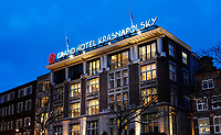 Nederland - Amsterdam -  2020.  Grand Hotel Krasnapolsky aan de Dam.  Foto Berlinda van Dam / Hollandse Hoogte
