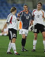 MAR 13, 2006: Faro, Portugal:  Nadine Angerer, Kerstin Garefrekes, Petra Wimbersky