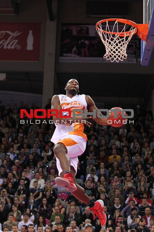 18.01.2014, Telekom Baskets Dome, Bonn, GER, BBL, Allstar Day 2014 Team National vs. Team International, im Bild<br /> Rashad Bishop (Dunking Contest, RASTA Vechta)<br /> <br /> Foto &copy; nordphoto / Mueller