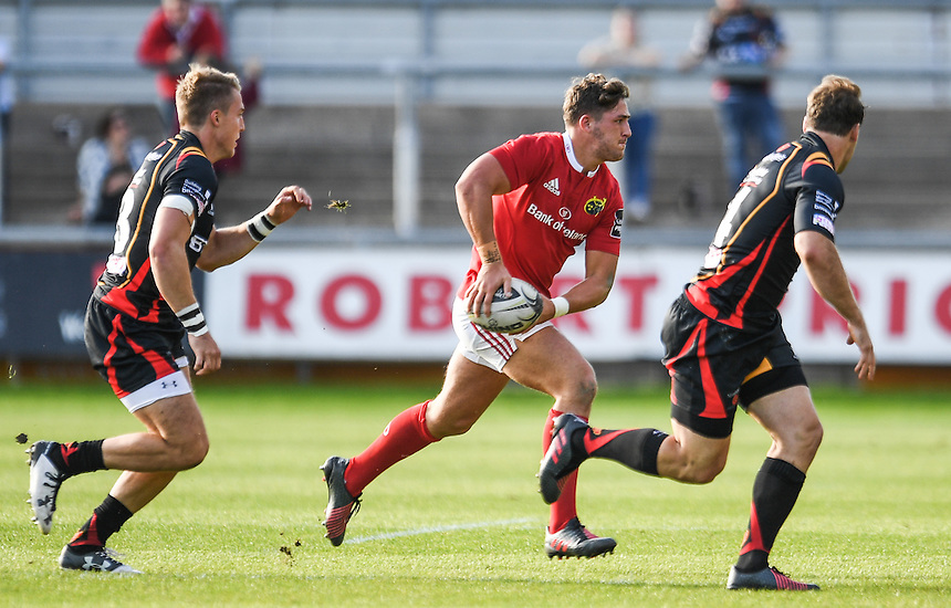 Dan Coggin of Munster in action during todays match<br /> <br /> Photographer Craig Thomas/CameraSport<br /> <br /> Guinness PRO12 Round 3 - Newport Gwent Dragons v Munster Rugby - Saturday 17 September 2016 - Rodney Parade - Newport<br /> <br /> World Copyright &copy; 2016 CameraSport. All rights reserved. 43 Linden Ave. Countesthorpe. Leicester. England. LE8 5PG - Tel: +44 (0) 116 277 4147 - admin@camerasport.com - www.camerasport.com