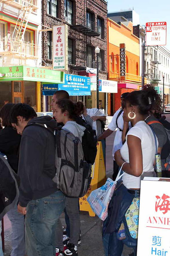 "High school students from University of San Francisco's Upward Bound program visit Chinatown's ""secret"" alleys. Students learn about the history of Chinatown and Chinese Americans."