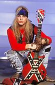 1991: POISON - Bret Michaels photosession