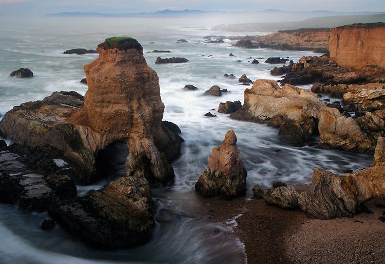 Grotto Rock at the seacliffs of Montana De Oro SP on central California coast.