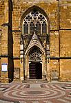 Kości&oacute;ł Narodzenia Najświętszej Marii Panny, Złotoryja - wejście, Polska<br /> Church of the Nativity of the Virgin Mary in Złotoryja - entrance, Poland