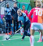 Laren -Fleur Kok (Lar)  tijdens de Livera hoofdklasse  hockeywedstrijd dames, Laren-Oranje Rood (1-3).  COPYRIGHT KOEN SUYK