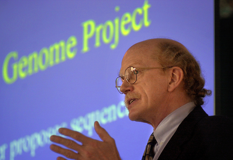 15838         Dr. Robert Waterston Speaking on the Human Genome