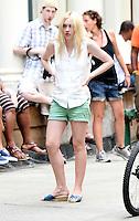 July 18, 2012: Dakota Fanning shooting on location for new movie  the Very Good Girls in New York City.&copy; RW/MediaPunch Inc. *NORTEPHOTO.COM*<br /> **CREDITO*OBLIGATORIO** *No*Venta*A*Terceros*.*No*Sale*So*third* ***No*Se*Permite*Hacer Archivo***No*Sale*So*third*&Acirc;&copy;Imagenes*con derechos*de*autor&Acirc;&copy;todos*reservados* /*NORTEPHOTO.com*<br /> **SOLO*VENTA*EN*MEXICO**<br />  **CREDITO*OBLIGATORIO** *No*Venta*A*Terceros*<br /> *No*Sale*So*third* ***No*Se*Permite*Hacer Archivo***No*Sale*So*third*&Acirc;&copy;Imagenes*con derechos*de*autor&Acirc;&copy;todos*reservados*.
