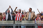 Sheffield United's fans celebrate at the final whistle during the League One match at the Priestfield Stadium, Gillingham. Picture date: September 4th, 2016. Pic David Klein/Sportimage