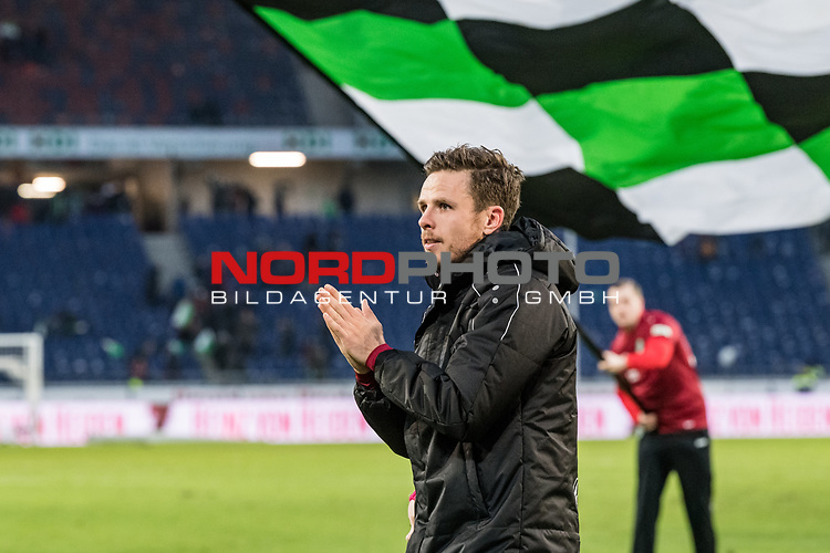 09.02.2019, HDI Arena, Hannover, GER, 1.FBL, Hannover 96 vs 1. FC Nuernberg<br /> <br /> DFL REGULATIONS PROHIBIT ANY USE OF PHOTOGRAPHS AS IMAGE SEQUENCES AND/OR QUASI-VIDEO.<br /> <br /> im Bild / picture shows<br /> Matchwinner Nicolai Müller / Mueller (Neuzugang Hannover 96 #21) bejubelt Sieg auf Spielfeld nach Spielende unter Hannover 96 Fahne, <br /> <br /> Foto © nordphoto / Ewert