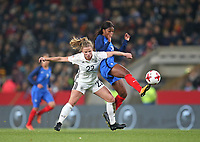 24.11.2017, Football Frauen Laenderspiel, Germany - France, in der SchuecoArena Bielefeld.  Tabea Kemme (Germany) - Grace Geyoro (France)  *** Local Caption *** © pixathlon +++ tel. +49 - (040) - 22 63 02 60 - mail: info@pixathlon.de<br />