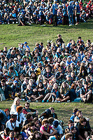 Audience are seated at their designated places at the cultural festival day ceremony. Photo: Audun Ingebrigtsen / Scouterna