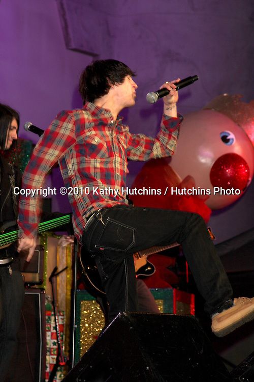 LOS ANGELES - NOV 20:  Mitchel Musso at the Hollywood & Highland Tree Lighting Concert 2010 Rehearsals at Hollywood & Highland Center Cour on November 20, 2010 in Los Angeles, CA