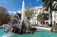 Switzerland, Ticino, Lugano: fountain at Giardino pubblico | Schweiz, Tessin, Lugano: Brunnen im Giardino pubblico in der Naehe der Piazza della Riforma