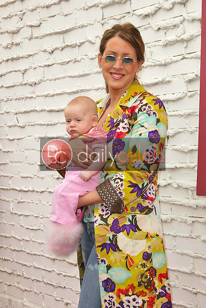 Joely Fisher and daughter<br />