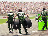 Harry Gant's pit crew in action during the Pepsi 400 at Daytona International Speedway, Daytona Beach, FL, July 7, 1990 (Photo by Brian Cleary/www.bcpix.com)