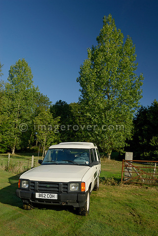 The oldest surviving pre-prodution Land Rover Discovery 1 from 1988; B62COH. Now part of the Dunsfold Collection, and posing on a field in Surrey, south England. Europe, UK, England, Surrey, Dunsfold. --- No releases available. Automotive trademarks are the property of the trademark holder, authorization may be needed for some uses.