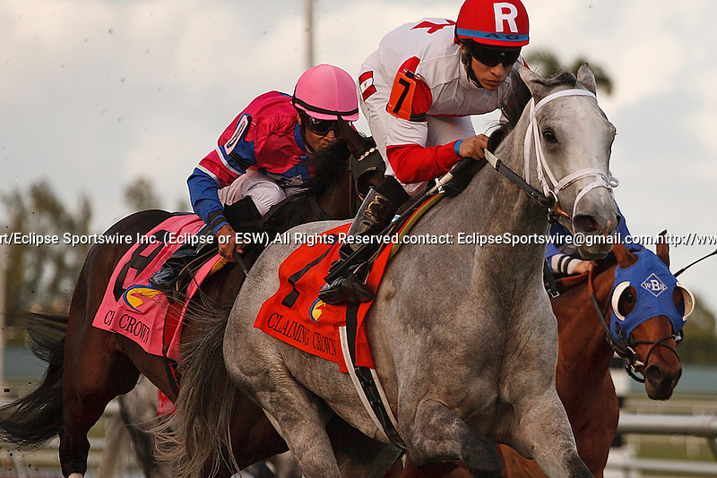 Scenes from record opening day at Gulfstream Park.  Hallandale Beach Florida. 12-01-2012