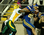BROOKINGS, SD - OCTOBER 3:  Dallas Goedert #86 from South Dakota State catches the ball in front of Chris Board #1 from North Dakota State in the third quarter of their game Saturday night at Coughlin Alumni Stadium in Brookings. (Photo by Dave Eggen/Inertia)