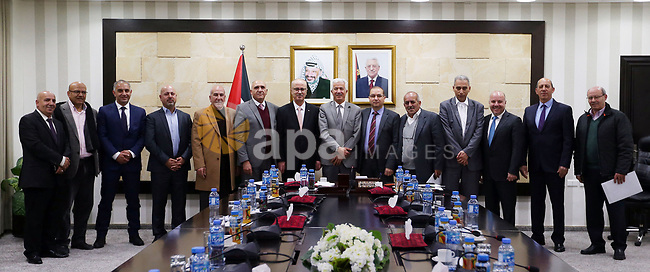 Palestinian Prime Minister, Rami Hamdallah, meets with Board of Directors of the General Federation of Palestinian Industries, in the West Bank city of Ramallah, on February 6, 2019. Photo by Prime Minister Office