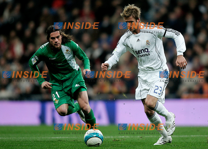 Real Madrid's David Beckham (r) and Real Betis's Miguel Angel Lozano (l) during the Spanish League match between Real Madrid and Real Betis at Santiago Bernabeu Stadium  in Madrid, Saturday February 17 2007. (INSIDE/ALTERPHOTOS/B.echavarri).
