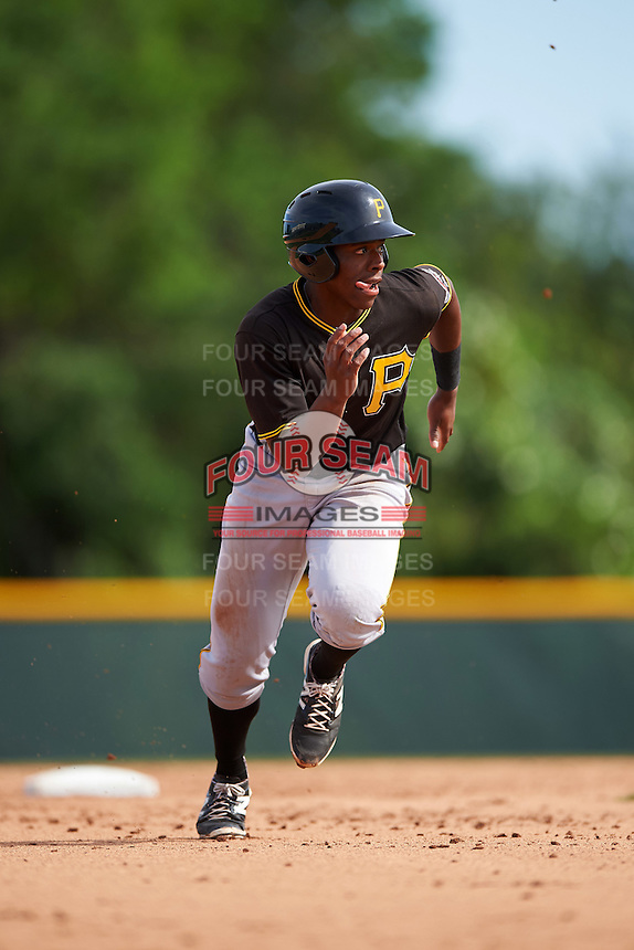Pittsburgh Pirates Ke'Bryan Hayes (10) during a minor league Spring Training intrasquad game on April 3, 2016 at Pirate City in Bradenton, Florida.  (Mike Janes/Four Seam Images)