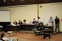SAO PAULO, SP, 18 FEVEREIRO 2013 - JULGAMENTO GIL RUGAI - O acusado Gil Rugai, de 29 anos, durante juri popular no Fórum Criminal da Barra Funda, na zona oeste de São Paulo, nesta segunda-feira (18). Rugai, acusado de matar o pai, Luiz Carlos Rugai, e a madrasta, Alessandra de Fátima Troitino, em 28 de março de 2004, deve ir a júri popular hoje. (FOTO: ADRIANO LIMA / BRAZIL PHOTO PRESS).