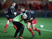 29th September 2017, Parc y Scarlets, Llanelli, Wales; Guinness Pro14 Rugby, Scarlets versus Connacht; Leigh Halfpenny of Scarlets warming up