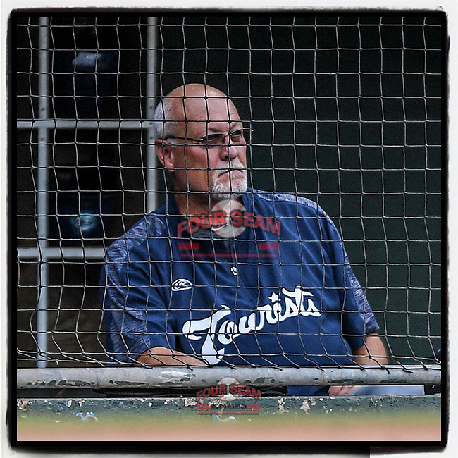 It was great seeing long-time former #Braves coach Randy Ingle back in a Minor League dugout last night in a game at Fluor Field at the West End in Greenville, South Carolina. Ingle is Development Supervisor for the Asheville Tourists who were playing the Greenville Drive. (Tom Priddy/Four Seam Images) #MiLB