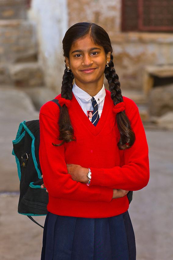 School girl, Jaisalmer, Rajasthan, India