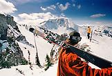 USA, Utah, skiers at the top of Eddie's High Nowhere, Alta Ski Resort