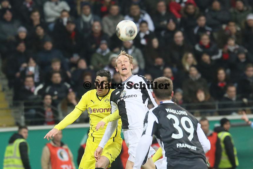 Jan Rosenthal (Eintracht) gegen Henrikh Mkhitaryan (BVB) - Eintracht Frankfurt vs. Borussia Dortmund, DFB-Pokal Viertelfinale