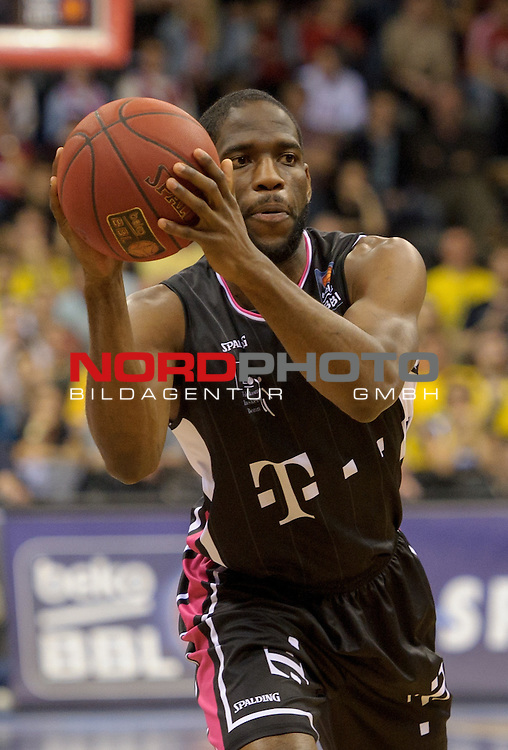 11.04.2015, EWE Arena, Oldenburg, GER, Beko BBL Top Four, Halbfinale, EWE Baskets Oldenburg vs Telekom Baskets Bonn, im Bild Ryan Brooks (Bonn #7)<br /> <br /> Foto &copy; nordphoto / Frisch