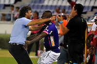 BARRANQUILLA  -COLOMBIA, 09-07-2016. Leonel Álvarez director técnico del Medellín celebra el gol del empate anotado por Christian Marrugo  durante encuentro  por la fecha 2 de la Liga Aguila II 2016 disputado en el estadio Metroplitano Roberto Meléndez ./ Leonel Alvarez cach of Medellin celebrates a goal of Christain Marrugo payer of Medellin    during match for the date 2 of the Aguila League II 2016 played at Metroplitano Roberto Melendez stadium . Photo:VizzorImage / Alfonso Cervantes  / Contribuidor