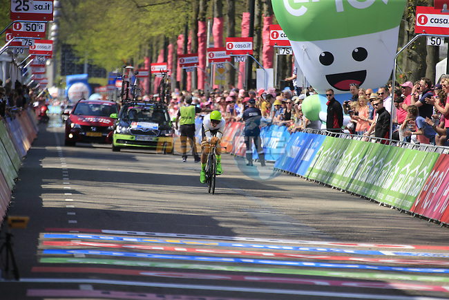 Ramunas Navardauskas (LTU) Cannondale approaches the finish line of Stage 1 of the 2016 Giro d'Italia, an individual time trial of 9.8km around Apeldoorn, The Nethrerlands. 6th May 2016.<br /> Picture: Eoin Clarke | Newsfile<br /> <br /> <br /> All photos usage must carry mandatory copyright credit (&copy; Newsfile | Eoin Clarke)