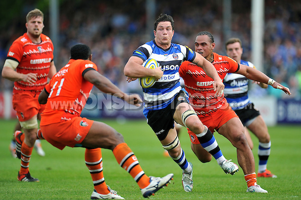Francois Louw of Bath Rugby takes on the Leicester Tigers defence. Aviva Premiership semi-final, between Bath Rugby and Leicester Tigers on May 23, 2015 at the Recreation Ground in Bath, England. Photo by: Patrick Khachfe / Onside Images