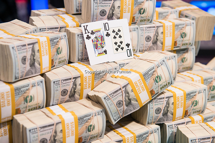 Money and Winning Hand