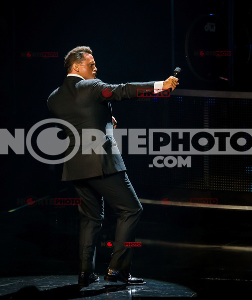Luis Miguel performs at The Colosseum at Caesars Palace in Las Vegas, NV on September 13, 2012 Kabik/Starlitepics / Mediapunchinc /NortePhoto