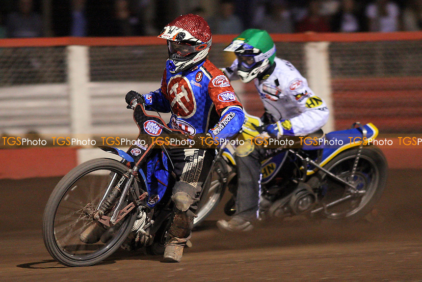 Heat 15: Shields (red) ahead of Kroner - Lakeside Hammers vs Ipswich Witches - Elite League Speedway at Arena Essex Raceway, Purfleet - 25/07/08 - MANDATORY CREDIT: Gavin Ellis/TGSPHOTO - Self billing applies where appropriate - Tel: 0845 094 6026.